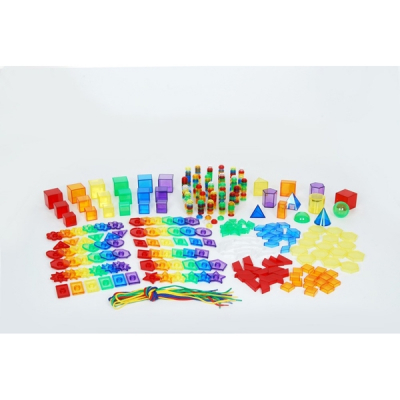 Gekleurde doorzichtige geometrische vormen en figuren (set van 498)