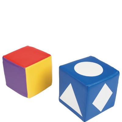 Kleuren en vormen dobbelstenen