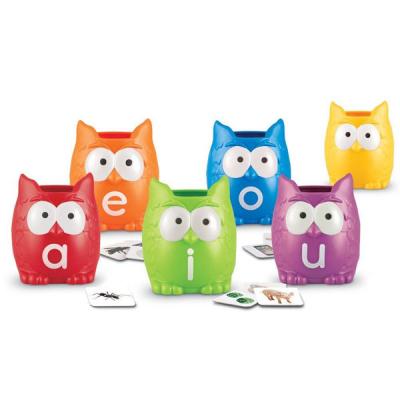 Vowel Owls Literacy Sorting Set - Engels